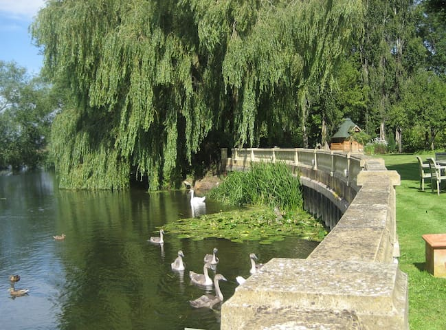 Riverside Mill Cottage - Chippenham - Huis