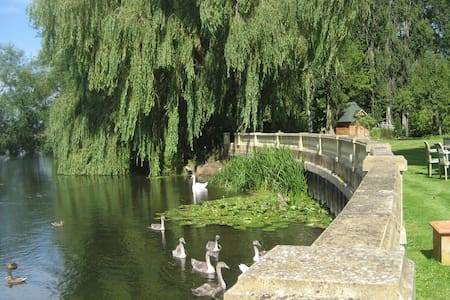 Riverside Mill Cottage - Chippenham - Hus