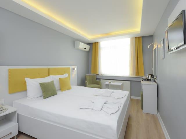 Ekonomik Cift Kisilik Oda - Sayeban Gold Hotel