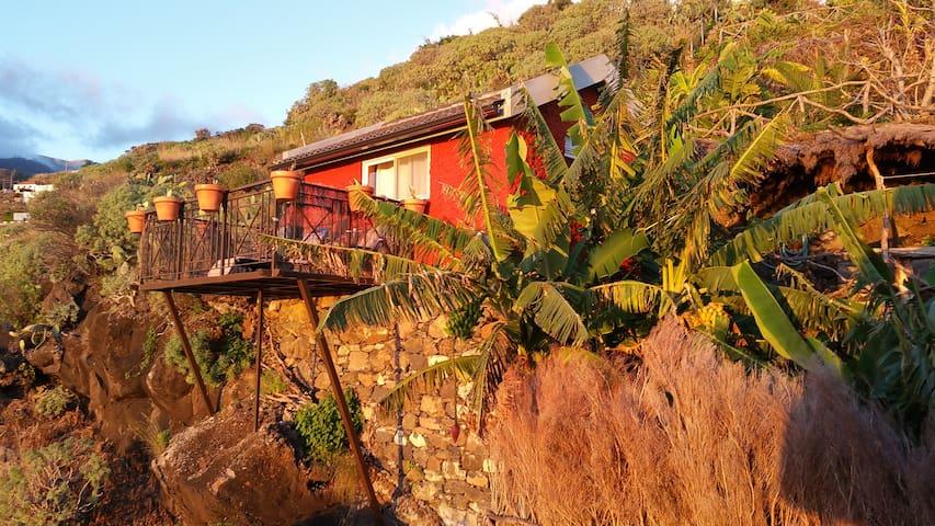"""Banana Cabana"" Madeira Island - Ribeira Brava - House"