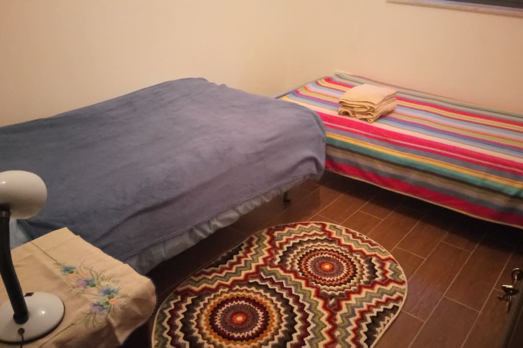 Twin room bed 2