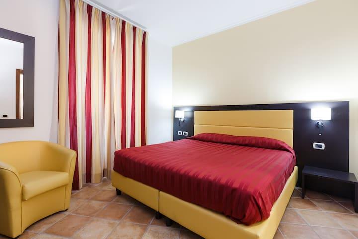 LE ROCCE DEGLI EQUI AFFITTACAMERE - Bellegra - Bed & Breakfast