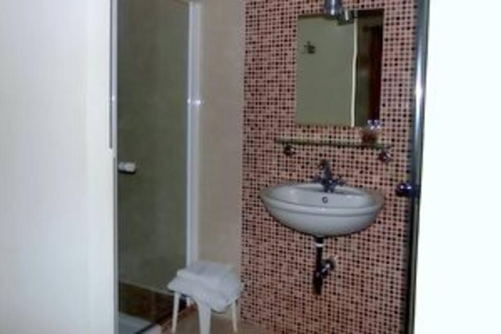 Baño Jara