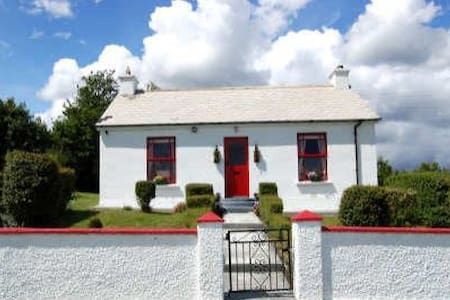 Keelogs Cottage Donegal