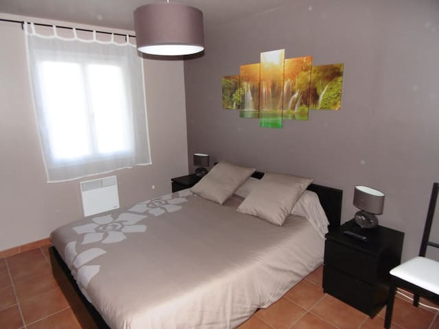 Room LAURIER