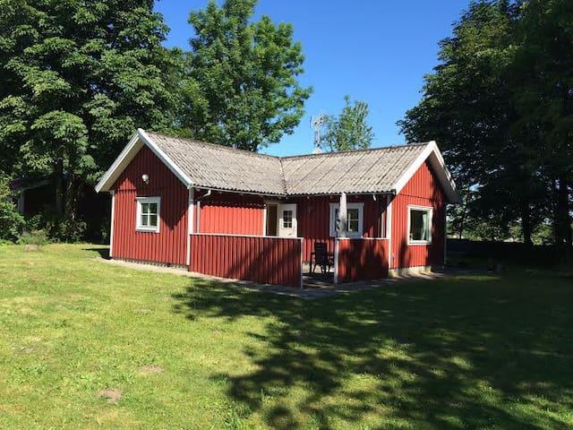 Hyggeligt hus i Brösarp N. Bakker - Degeberga - Kulübe
