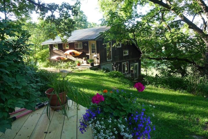 Cool, Scenic Country Art Studio