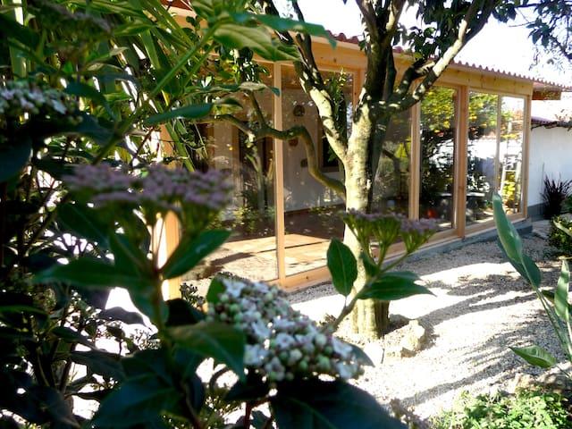 CASA DO LIMOEIRO - Aldeia Galega da Merceana - Houten huisje