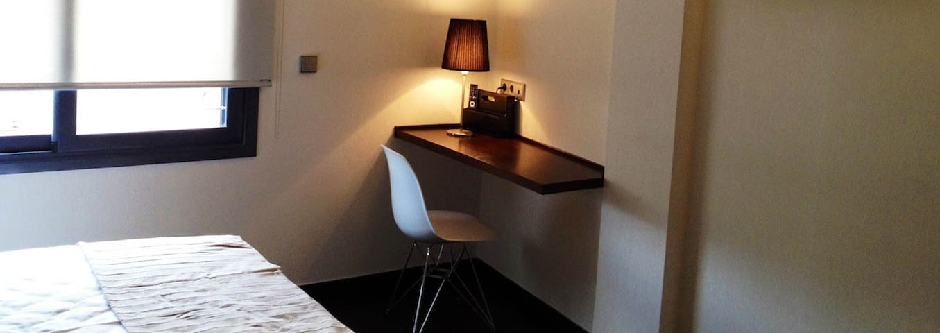 Ample room with one double bed, large 40' TV, free internet WI-FI.
