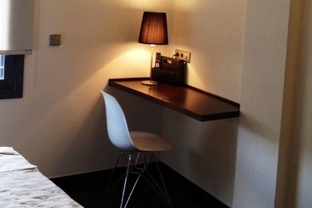 Barcelona fifteen studio 6 appart 39 h tels louer for Appart hotel barcelone