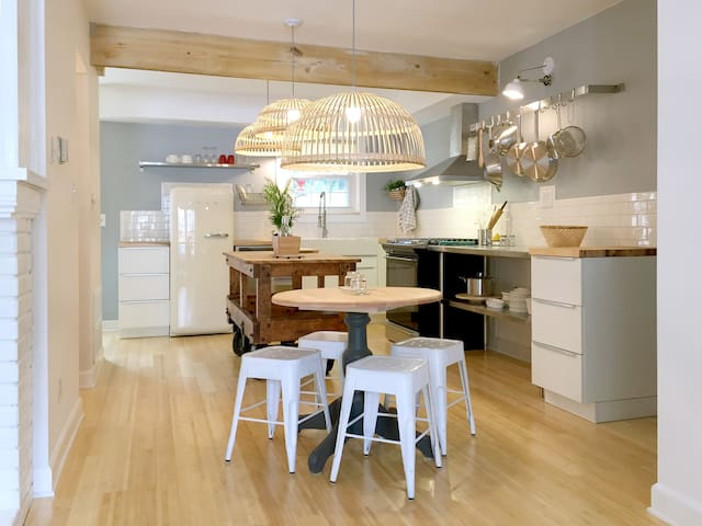 Broad Ripple gem newly remodeled - Индианаполис