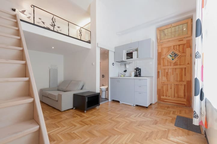 Studio near City Park&Center w/AC - Budapešť