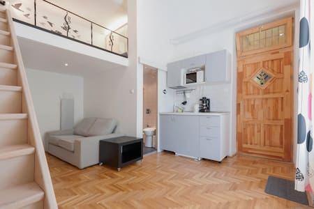 Studio near City Park&Center w/AC - Budapest - Apartment