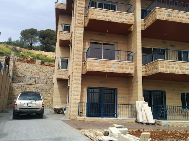 New Villa, Gorgeous & Quite Area - Aley - Apartment