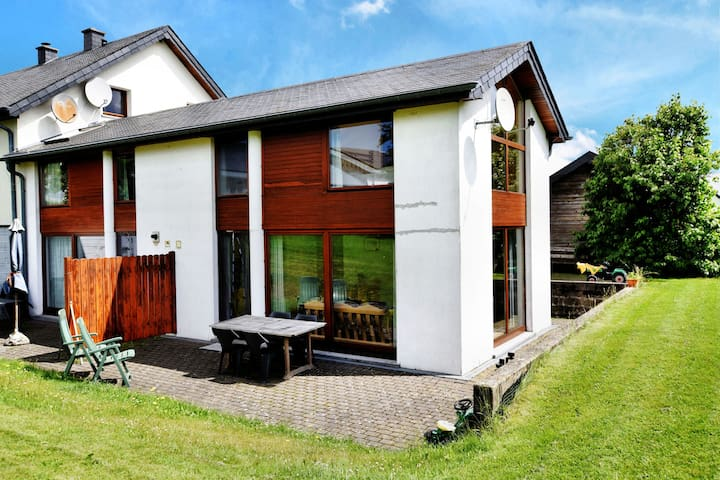Comfortable Holiday Home in St Vith