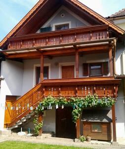 Ferienwohnung zum Wohlfühlen - Lödersdorf I - Apartment - 2