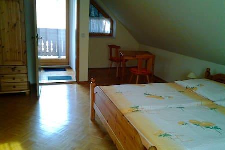 Ferienwohnung zum Wohlfühlen - Lödersdorf I - Apartment - 1