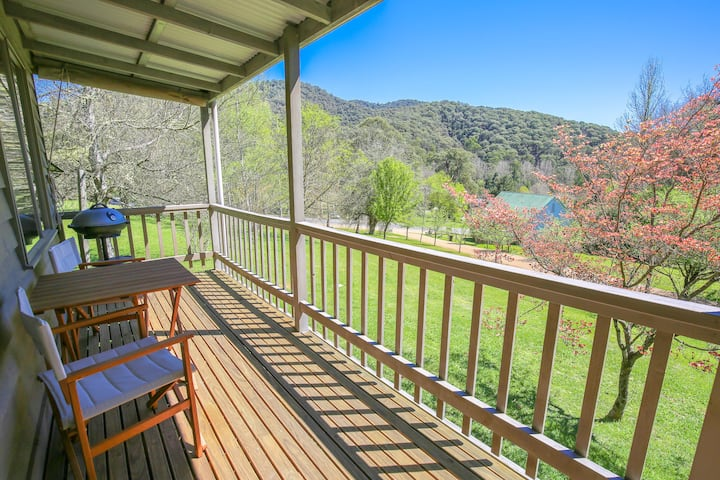 CRABAPPLE COTTAGE : Harrietville