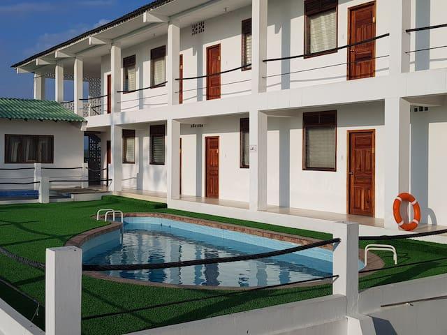 Casa en AYANGUE con vista espectacular al mar!!