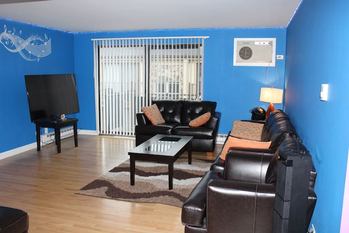 CHICAGO, comfy 1Br near O'Hare, free parking. - Chicago - Apartemen