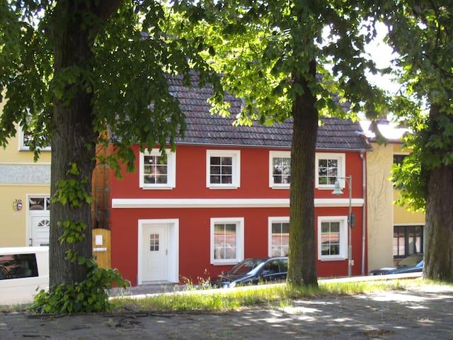Ferienwohnung in Mecklenburg mit Charakter - Tessin - Appartement