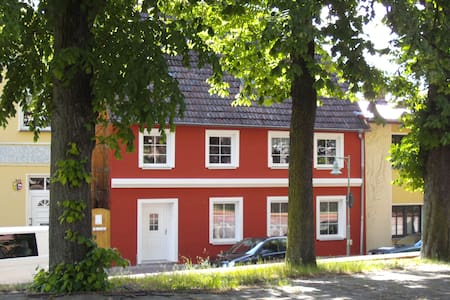 Ferienwohnung in Mecklenburg mit Charakter - Tessin - Apartament