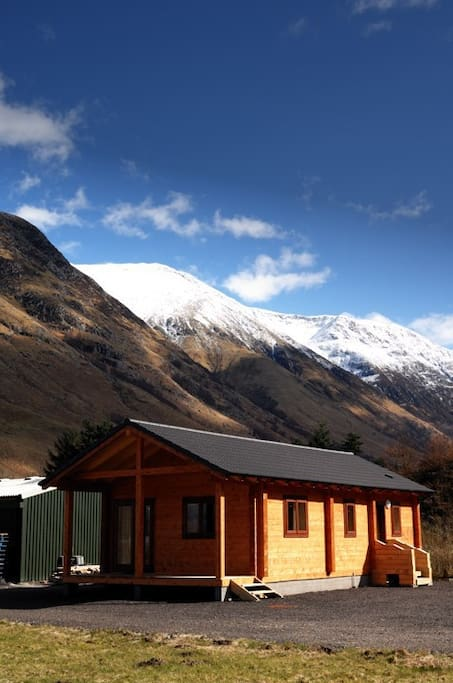 The Cabin and the view of Glen Nevis