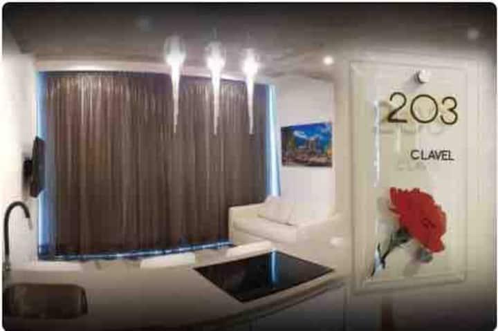 """""""Suites de lujo decoradas y  equipadas en Tumbaco"""""""