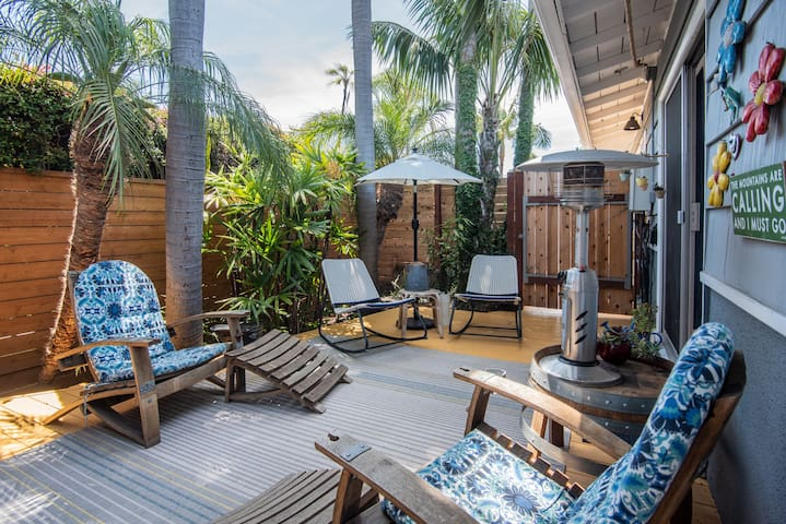Balboa Park luxury bungalow with palm veranda