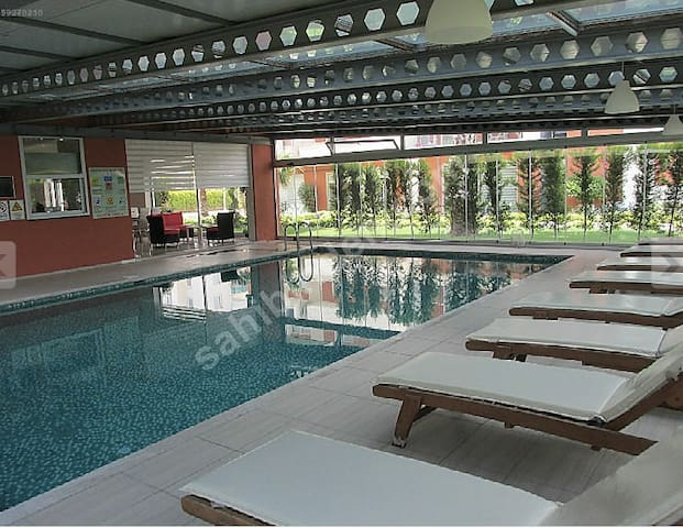 Residence incl. shared pool&fitness - İzmir - Apartment
