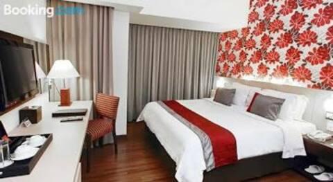 Suite Studio Solo Paragon Hotel & Residences