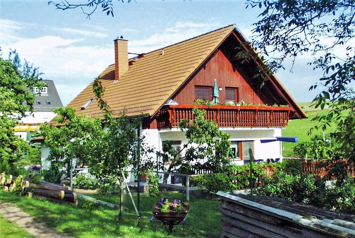 Apartment with 2 bedrooms in Obernaundorf, with shared pool, furnished garden and WiFi - 7 km from the beach