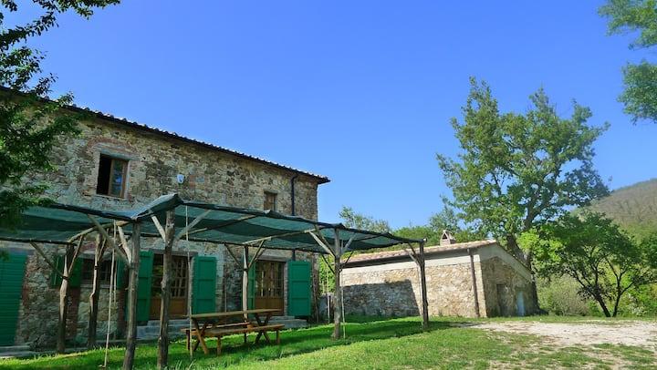 Ciclamino, large and peaceful Tuscan farmhouse
