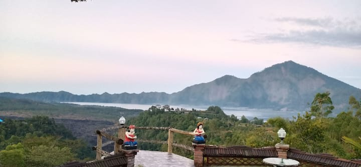Tiing Bali superior King 4 with lake view