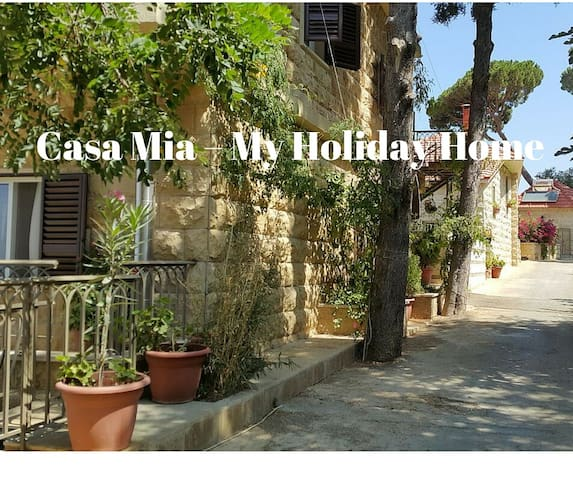 Lovely house/garden inShemlan 30 mins to Beirut