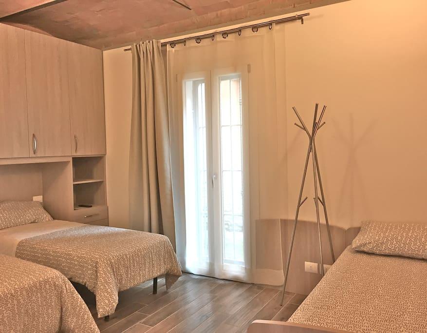 La suite nel borghetto panigale appartamenti in affitto - Posizione letto rispetto alla porta ...
