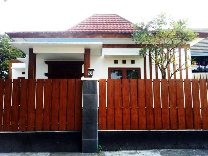 Fresh Homestay Magna Murangan
