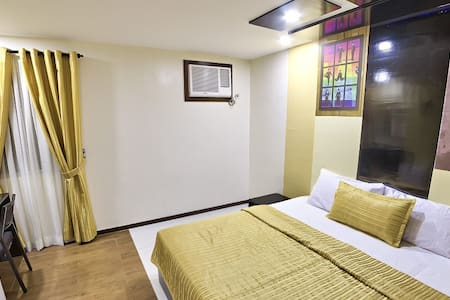Unique, surprising choice with Breakfast & Wifi - Quezon City - Bed & Breakfast