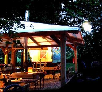 Planwagen < Zelten anders definiert > Naturnah - Carinerland
