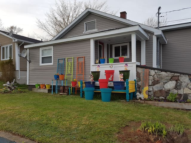 Charming 2 bedroom house in Cape Breton, NS