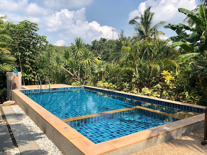 Krabi Villa Private Pool & Garden View -2 bedrooms