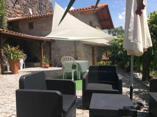Arcos Valdevez PNPG Maison avec piscine privé