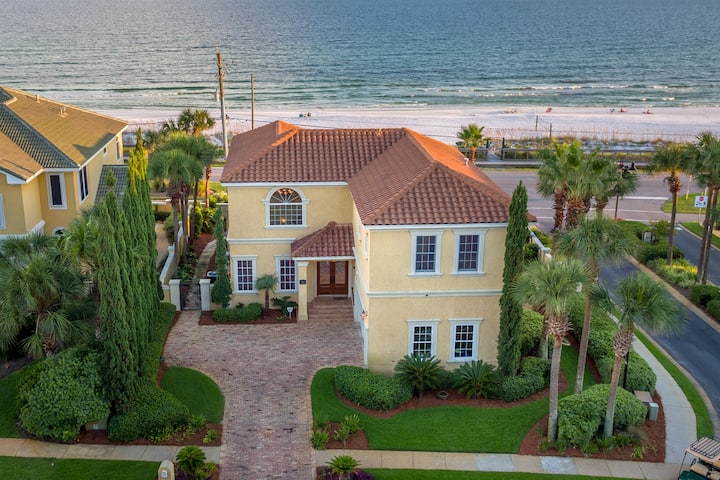 Beautiful Beach Blessing*Incredible Gulf Views & Sunset Views*Private Pool