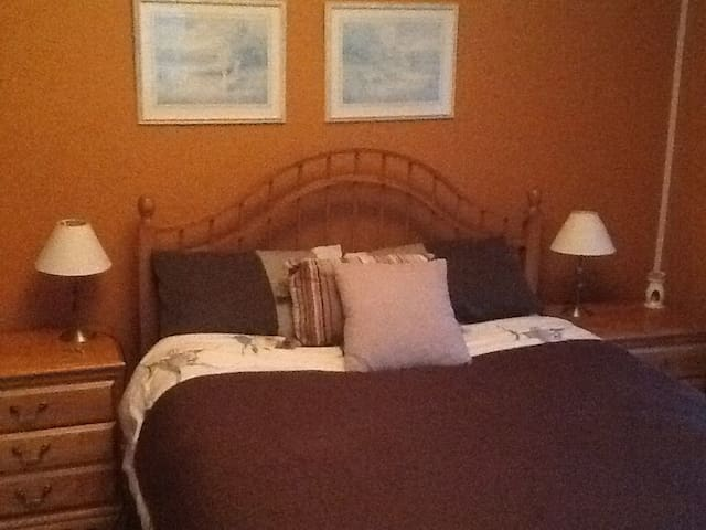 1 bed ensuite Listowel,Kerry - Listowel - House