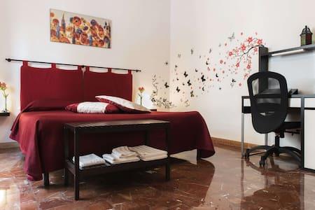 Modern comfy flat in central area - Civitavecchia - Lägenhet
