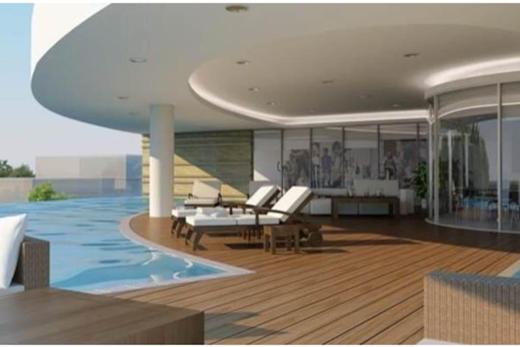 Free swimming pool at T floor