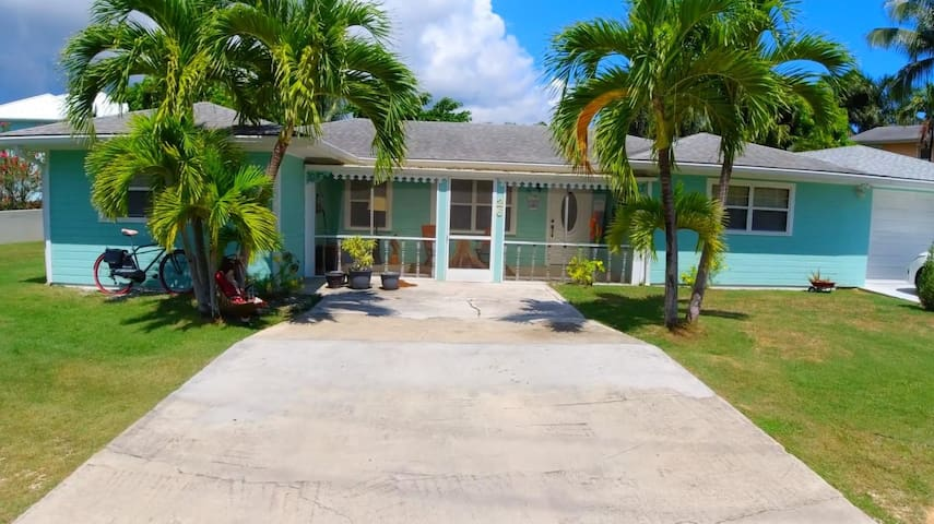 So Caymanian...Original Cayman style design home