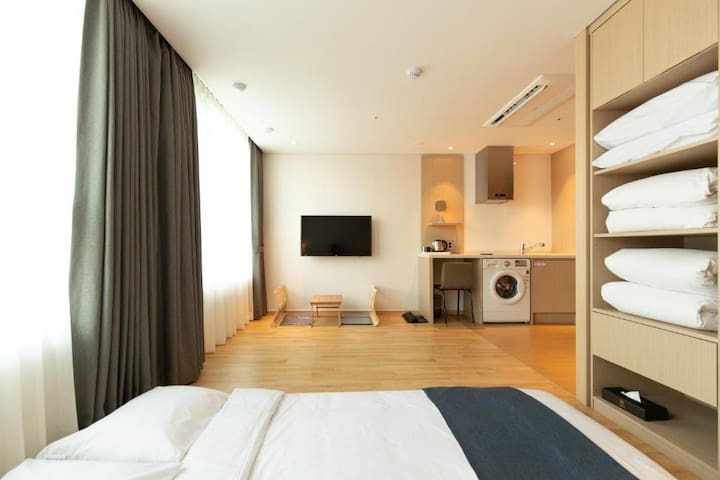 """""""NEW"""" Korean style room called Ondol for 4 persons"""