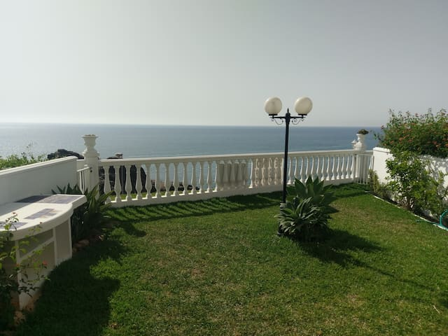 Garden apartment w. fantastic sea view near beach - Las Lagunas de Mijas - Leilighet