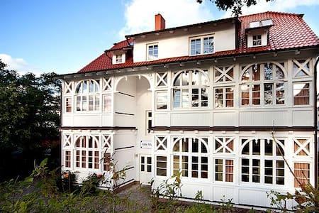 Villa Malepartus Wohnung 09 - Binz